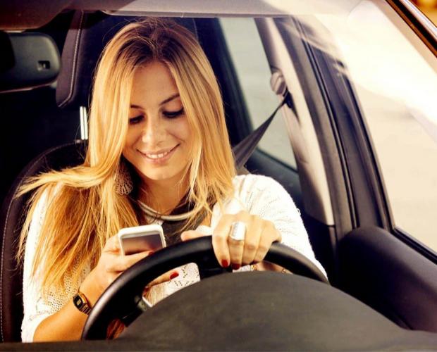 texteando al manejar
